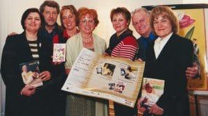 Remise des Grands Prix du livre de la Montérégie 2001 par l'Association des auteurs de la Montérégie.